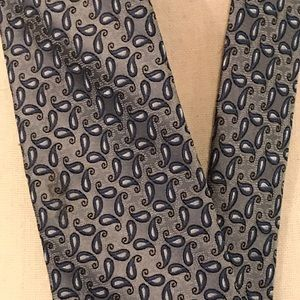 Gray and blue silk tie.